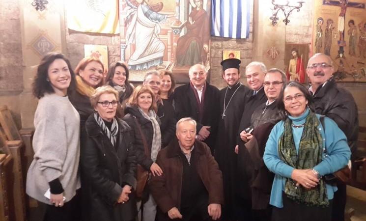 Στην ενορία του Αγίου Νεκταρίου Βαρκελώνης, με τον Πατέρα Χριστόδουλο και τα μέλη της Ενοριακής Επιτροπής.