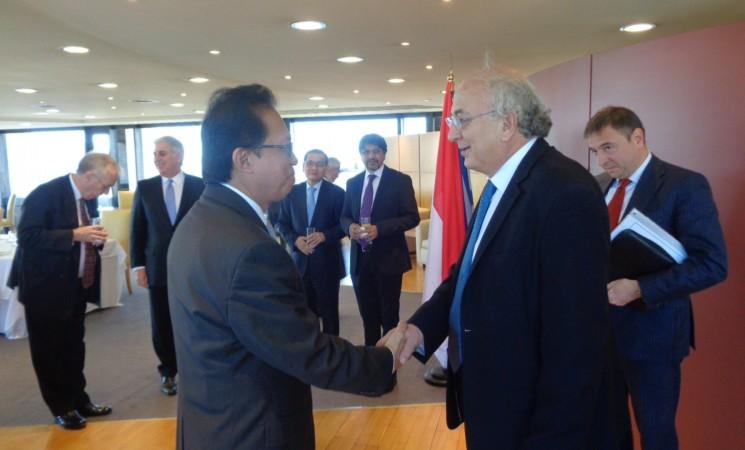 Αποχαιρετιστήρια τελετή Υφυπουργού Εξωτερικών, Γιάννη Αμανατίδη προς τον απερχόμενο Πρέσβυ της Ινδονησίας