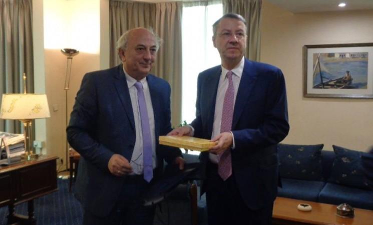 Επίσκεψη εργασίας στον Υφυπουργό Εξωτερικών, κύριο Γιάννη Αμανατίδη από τον Υφυπουργό Εξωτερικών της Ρουμανίας, κ. George Ciamba