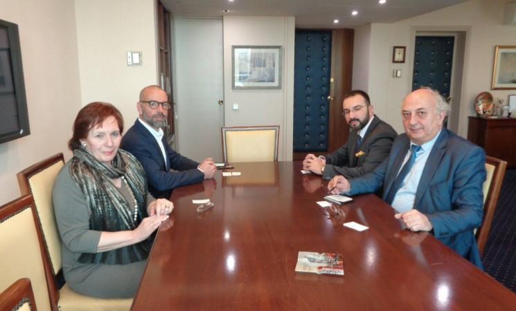 Συνάντηση Υφυπουργού Εξωτερικών, Γιάννη Αμανατίδη με αντιπροσωπεία της Unicef (ΥΠΕΞ)