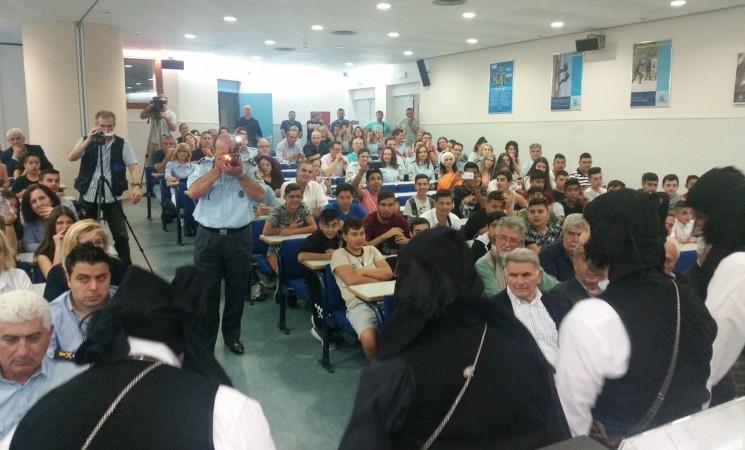 """Στην παρουσίαση του βιβλίου """"Σέρρα - Η ψυχή του Πόντου"""" από τη Λέσχη Αστυνομικών Θεσσαλονίκης"""