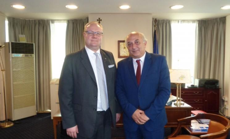 Εθιμοτυπική συνάντηση του Υφυπουργού, κ. Γιάννη Αμανατίδη, με τον νέο Πρέσβυ της Φινλανδίας, κ. Juha Markus Pyykkö