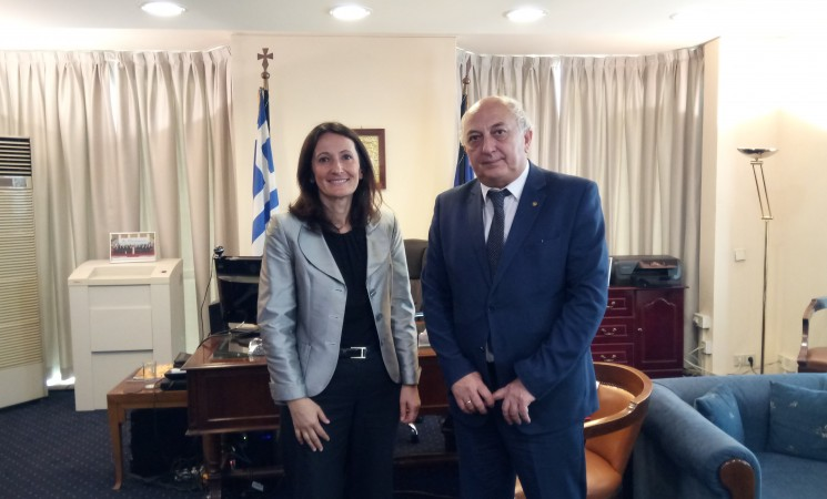 Εθιμοτυπική επίσκεψη στον Υφυπουργό Εξωτερικών κ. Ιωάννη Αμανατίδη από την Πρέσβυ της Σλοβενίας στην Ελλάδα, κα Anita Pipan