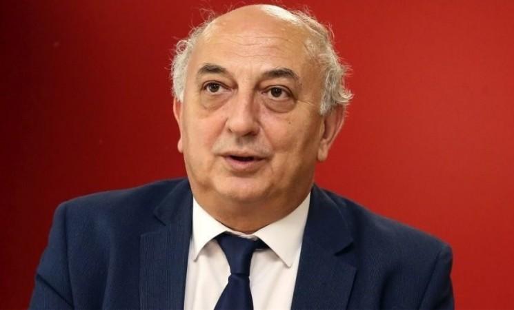 «Να πει ξεκάθαρα ο κ. Μητσοτάκης αν θα καταπολεμήσει τη μαύρη εργασία»